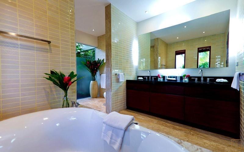 泰国苏梅岛密斯卡湾金合欢别墅浴室
