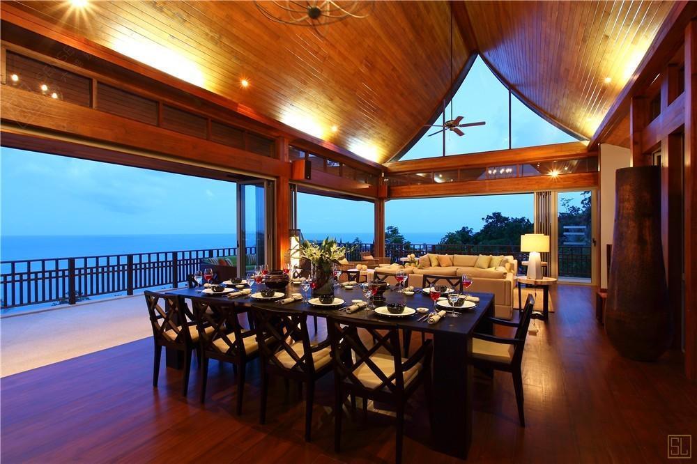泰国苏梅岛嘉卡湾别墅餐桌