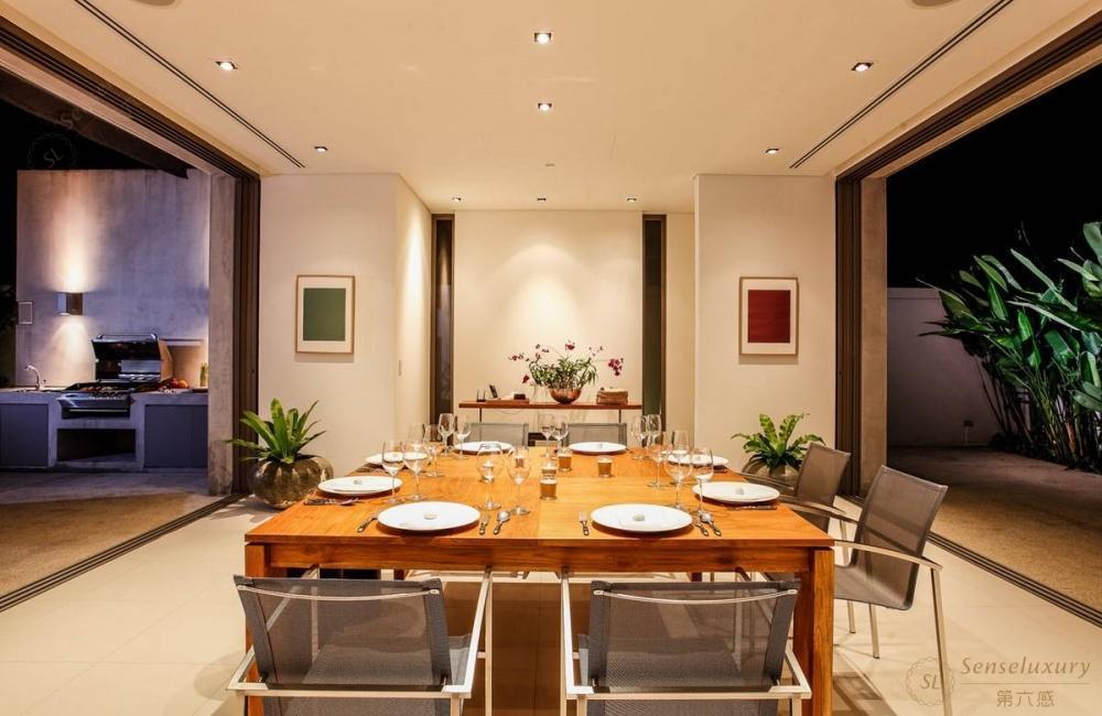 泰国普吉岛若索别墅餐桌