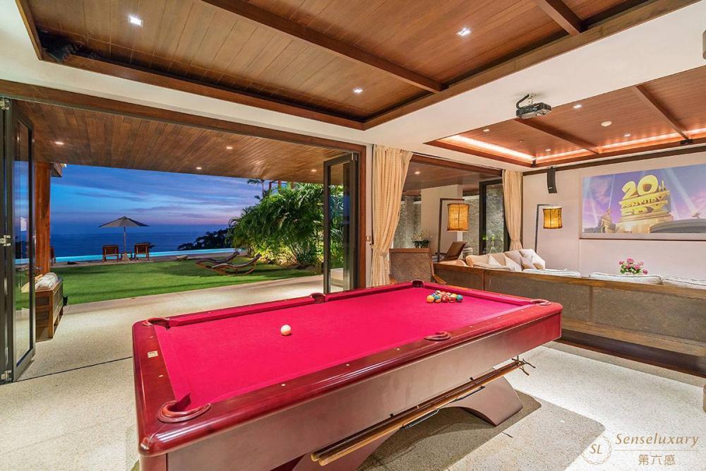泰国普吉岛艾逸别墅桌球