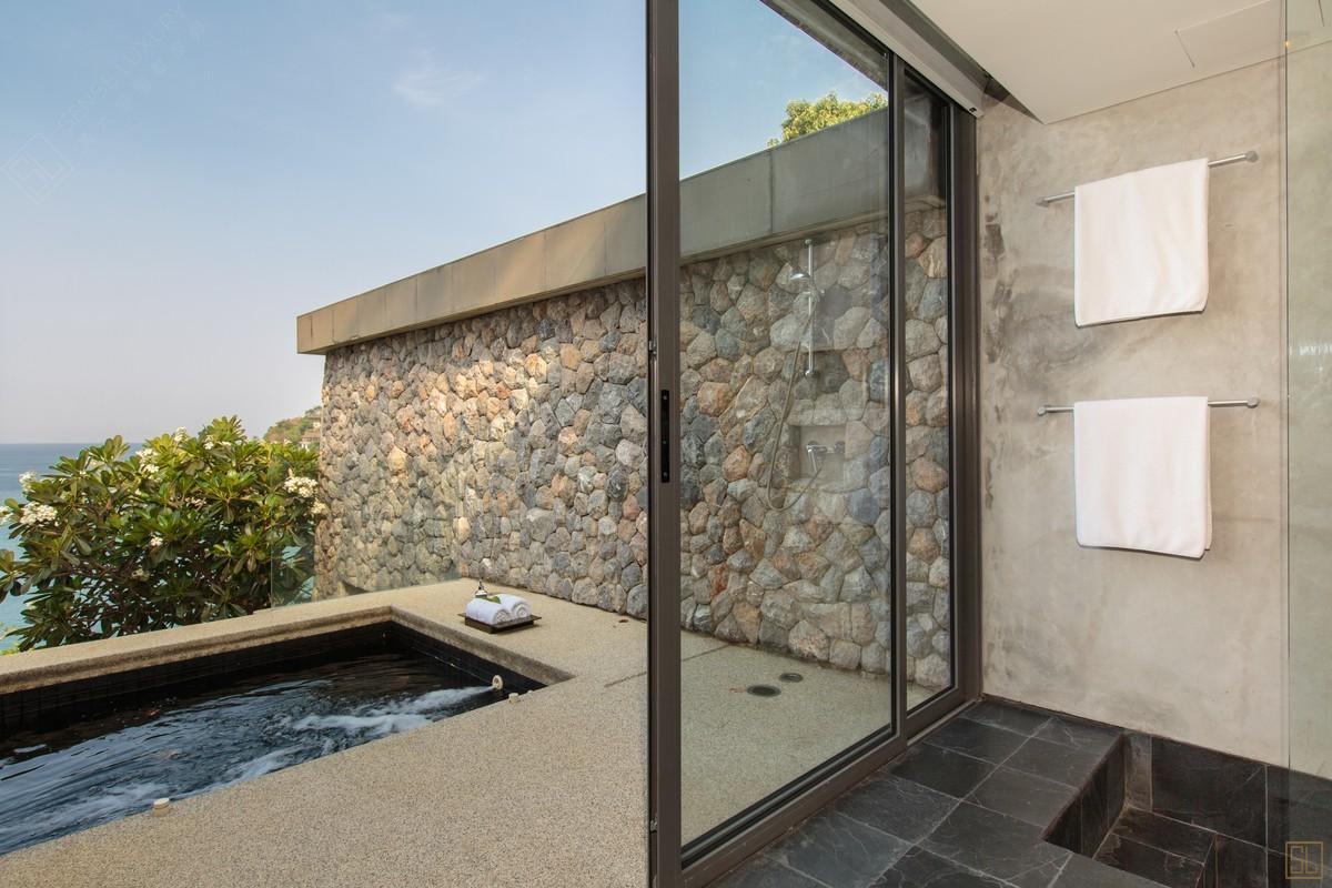 泰国普吉岛萨姆萨拉-洛梦池别墅浴池